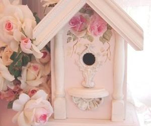 birdhouse image