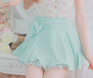 pastel, skirt, and kfashion image