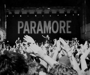 paramore, hayley williams, and concert image