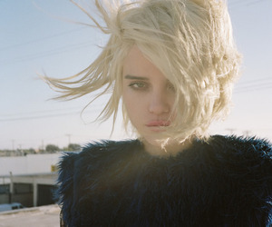 sky ferreira, blonde, and grunge image