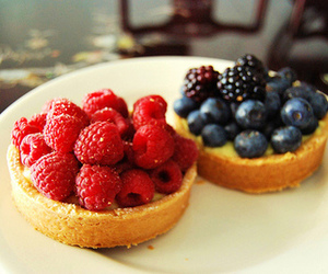 food, raspberry, and blueberry image