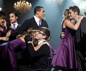 cast, glee, and season 4 finale image