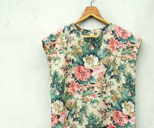 clothes, floral, and pattern image