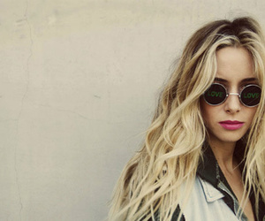 gillian zinser, 90210, and blonde image