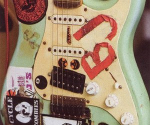 guitar, billie joe armstrong, and green day image