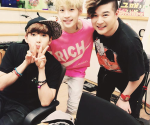 Henry Lau, shindong, and super junior image