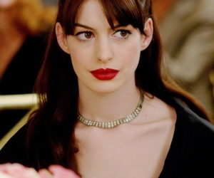 Anne Hathaway and style image