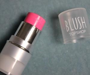 pink and cream blush. makeup image