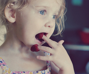amelie, fingers, and girl image