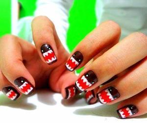 nails and domo image
