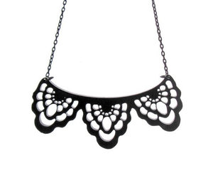 art jewelry, victorian necklace, and black necklace image