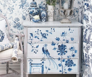 blue and white image