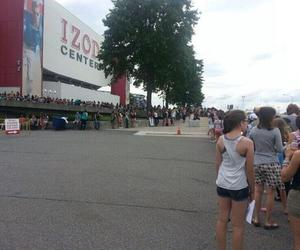 arena, New Jersey, and one direction image