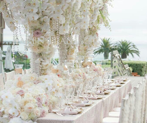 centerpiece, flowers, and wedding image
