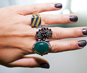 rings and hand image