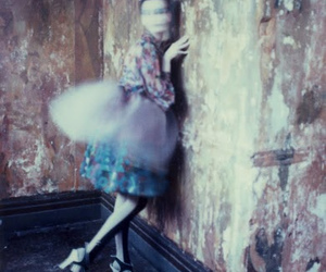 blurry, flying circus, and photography image