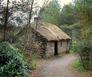 chimney, cottage, and impressedbeauty image