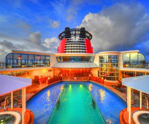ship and sky image