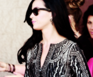 icons and katy perry image