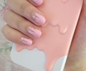 nails, pink, and iphone image