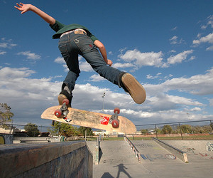 clean, extreme, and kick flip image