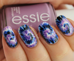 nails, essie, and style image