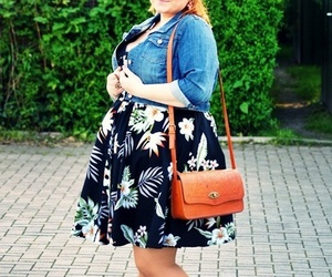 curvy, style, and plus size image