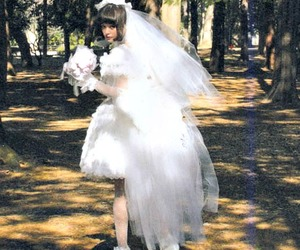 buque, japanese girl, and white image