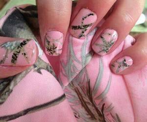nails, pink, and realtree image