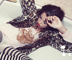 animal print, fashion, and girl image