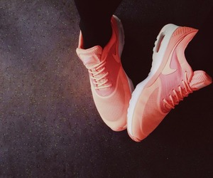 nike, pink, and shoe image