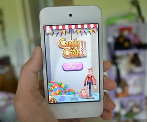 game, candy crush saga, and iphone image