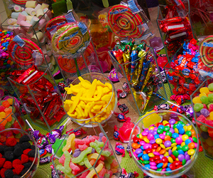 <3, candy, and gummy bears image
