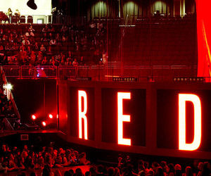 red and taylor image