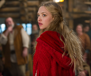 amanda seyfried, movie, and red riding hood image