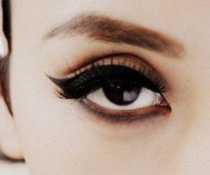 beauty, eyeliner, and mascara image