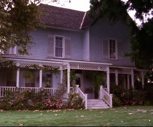 gilmore girls and house image