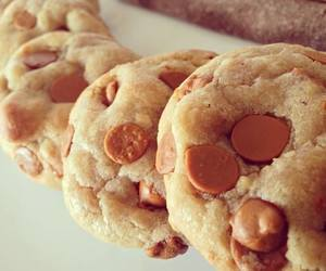 biscuit, caramel, and cookie image