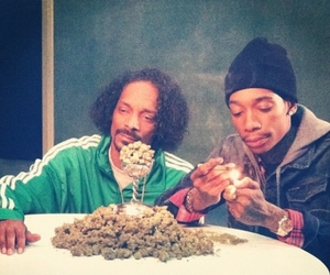 weed, wizkhalifa, and snoopdogg image