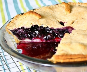 pie, blueberry, and crust image