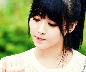 girl's day, kpop, and yura image