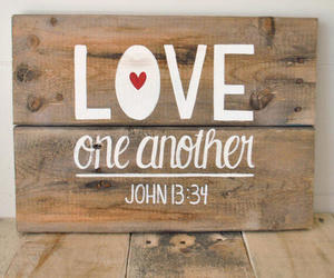 love; god; versiculos image
