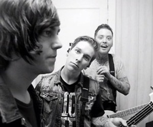 sleeping with sirens, kellin quinn, and justin hills image