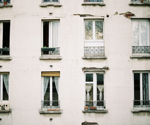 windows, vintage, and white image