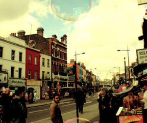 london, bubbles, and city image