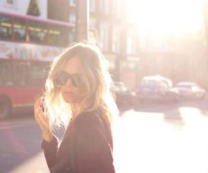 blonde, sunlight, and hair image