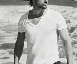 actor, gerard butler, and beach image