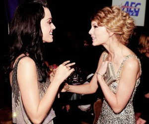 katy perry and Taylor Swift image