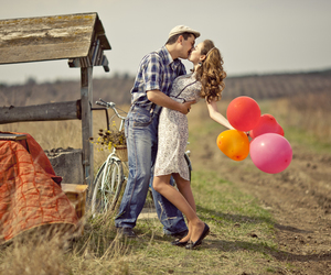 couple, kissing, and romantic couple image