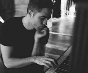 robert pattinson, piano, and dior image